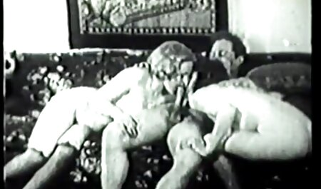 The modeling of the working man indian pron video in bed