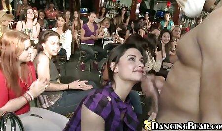 Two devoli utilizing the Ass of a indian saree sex man
